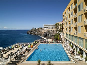 🏨 atlantic holiday center - apartments hotel - tenerife travel guide resorts in Adeje