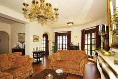 Luxury 5 Bed Villa Benimeit