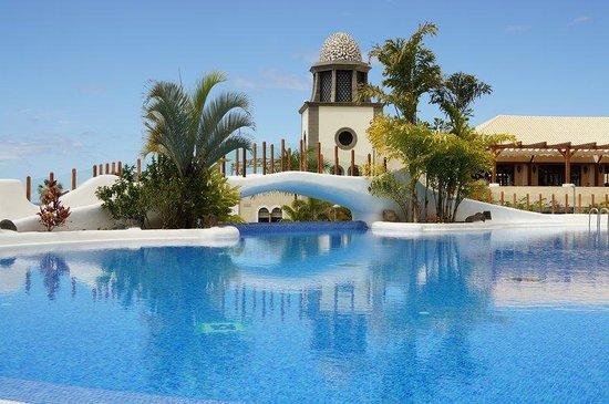 Rental property maria - tenerife avenida los acantilados la caleta costa adeje 38679 rental property with jacuzzi