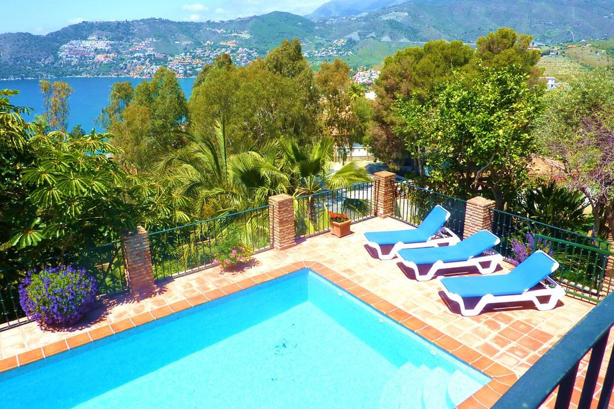 54801479-beach-villa-La-Herradura-Spain