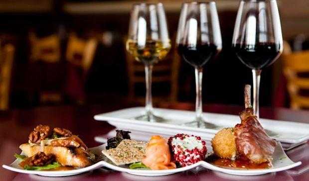 Wine and food holidays in the country: what to do and just what to reserve of gathering